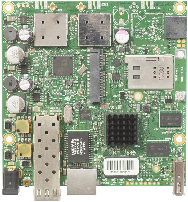 RB922UAGS-5HPacD Mikrotik RB922UAGS-5HPacD, 1xGbit LAN, USB, 1xSFP, 5Ghz 802.11a/c RouterOS L4